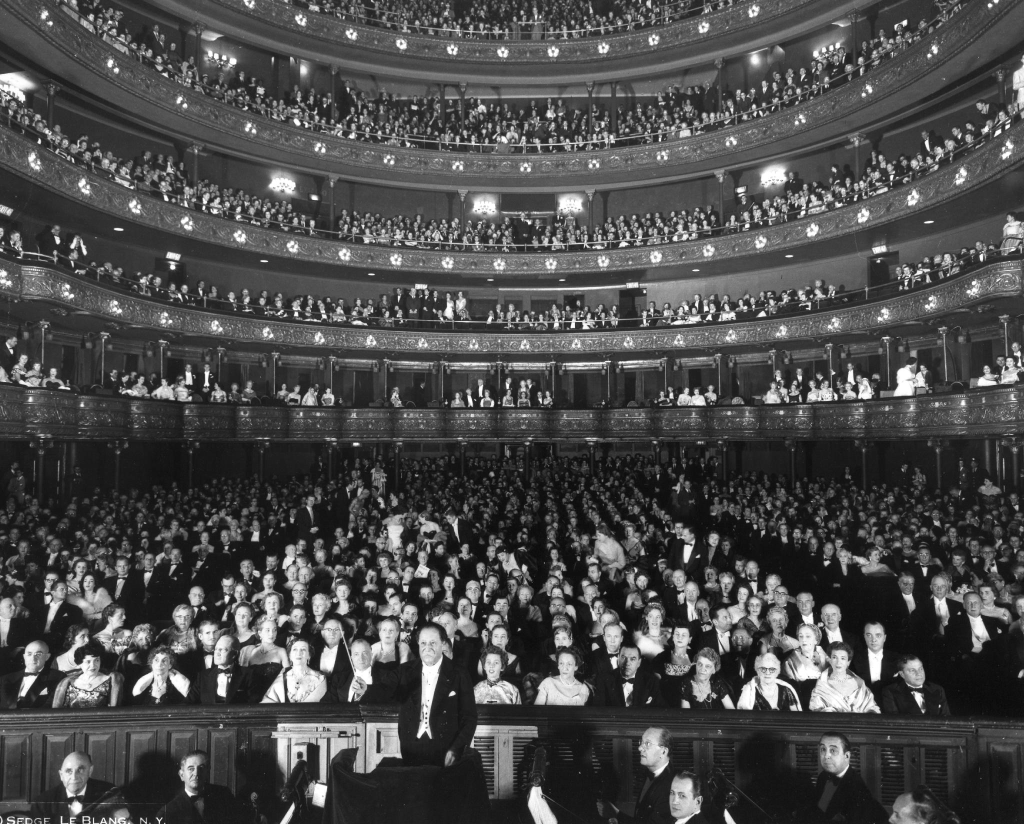 Christie's, из коллекции Оперной гильдии Метрополитен