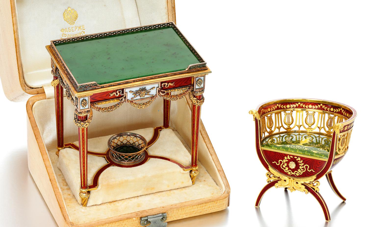 Миниатюрный письменный стол и кресло фирмы Карла Фаберже