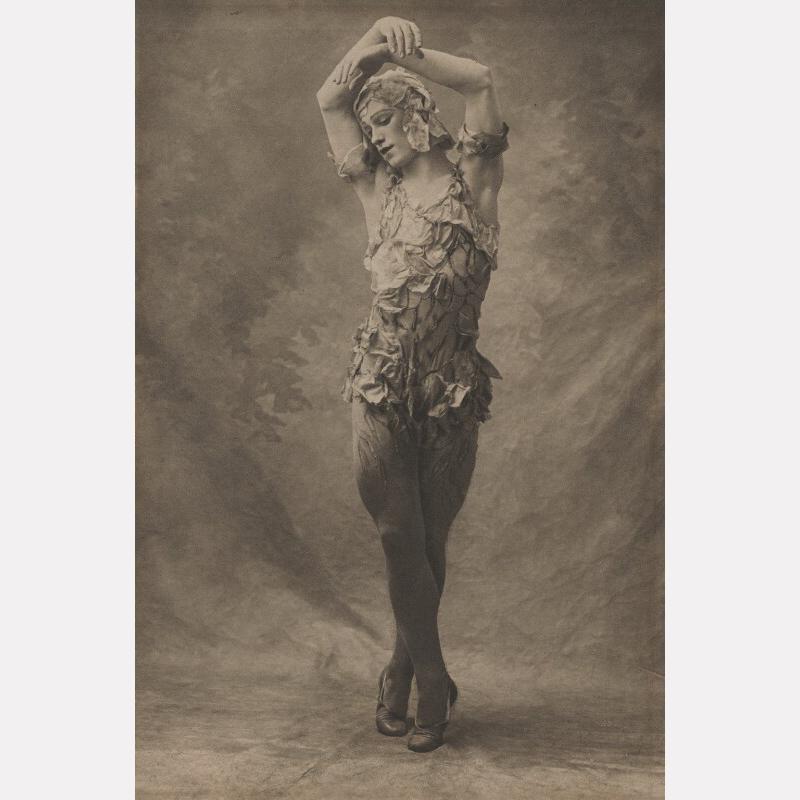 Вацлав Нижинский в постановке «Призрак розы», 1911 / фото © National Portrait Gallery, Лондон
