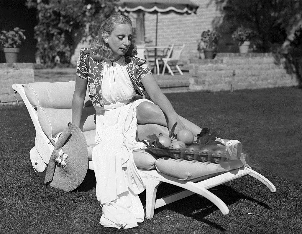 Тамара де Лемпицка в Беверли-Хиллз, начало 1940-х