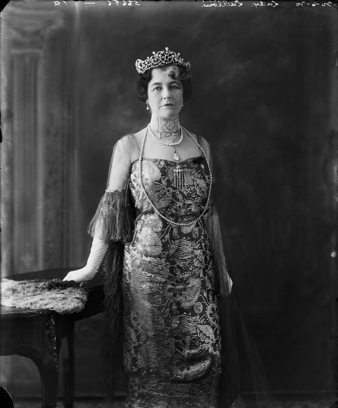 Первая хозяйка жемчужного колье Алис Седжвик-Манкевич, леди Вернер.