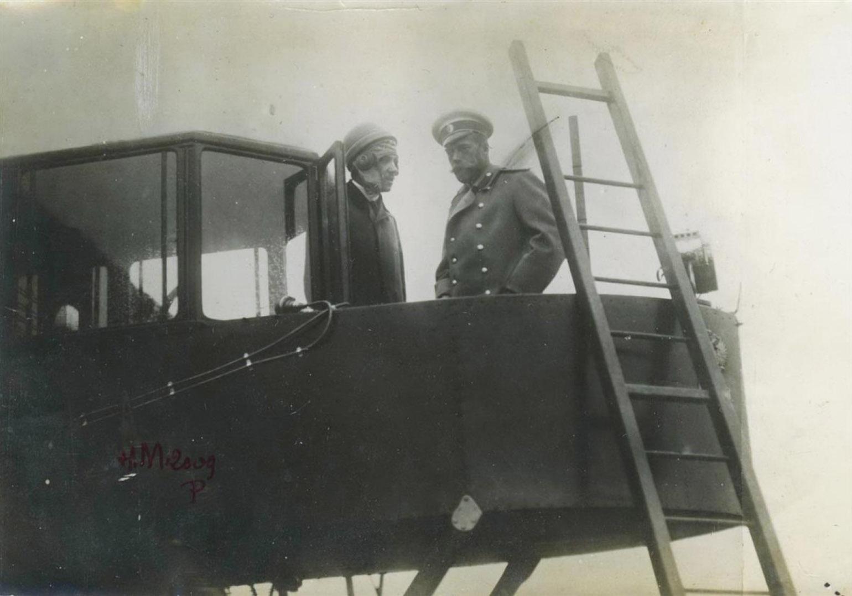 Николай II и Игорь Сикорский
