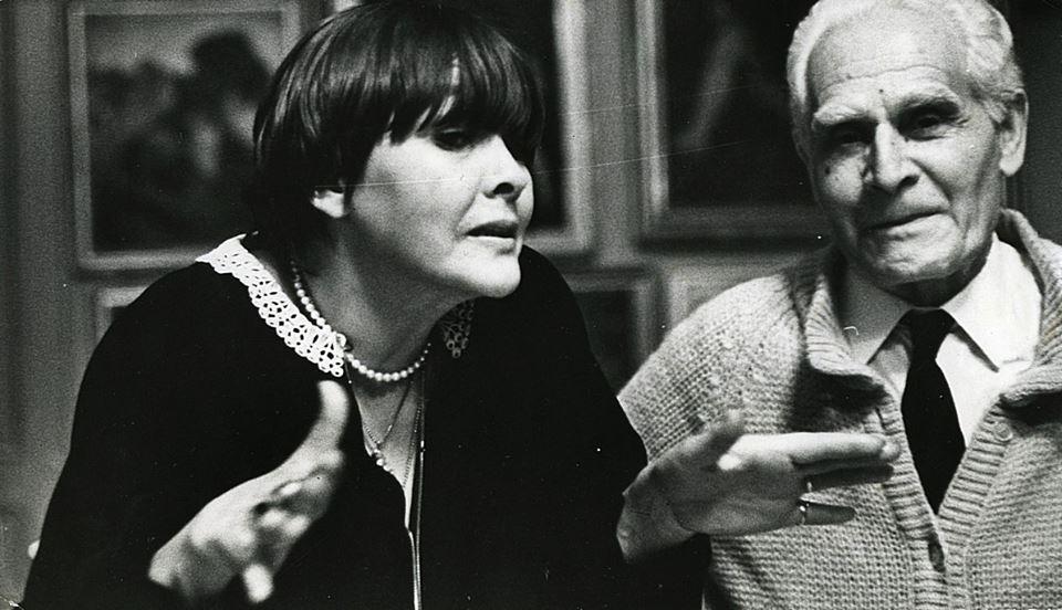Александр Сааков. Белла Ахмадулина читает стихи художнику Ладо Гудиашвили,1970-е