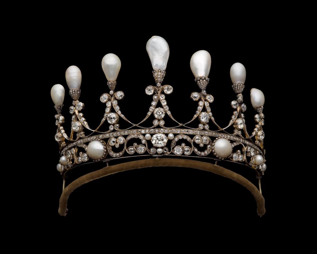 Тиара Ганноверского королевского дома. Германия, ок. 1930, Коллекция Музеев Катара