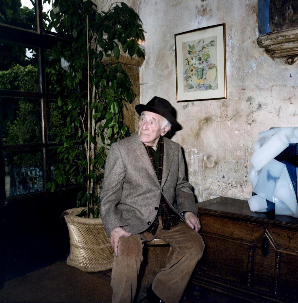 Марк Шагал в кафе Colombe d'Or, Франция