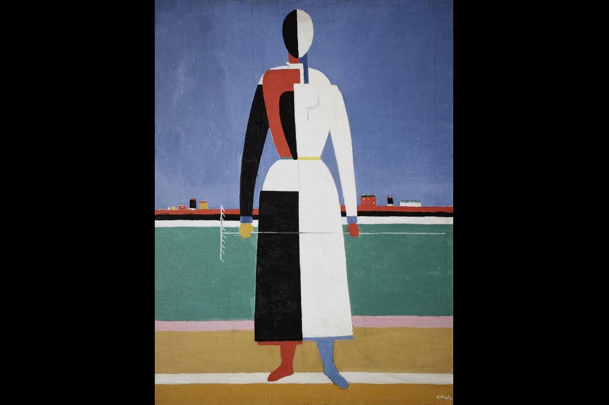 Казимир Малевич. Женщина с граблями, 1930-1931. Холст, масло / Государственная Третьяковская галерея, Москва