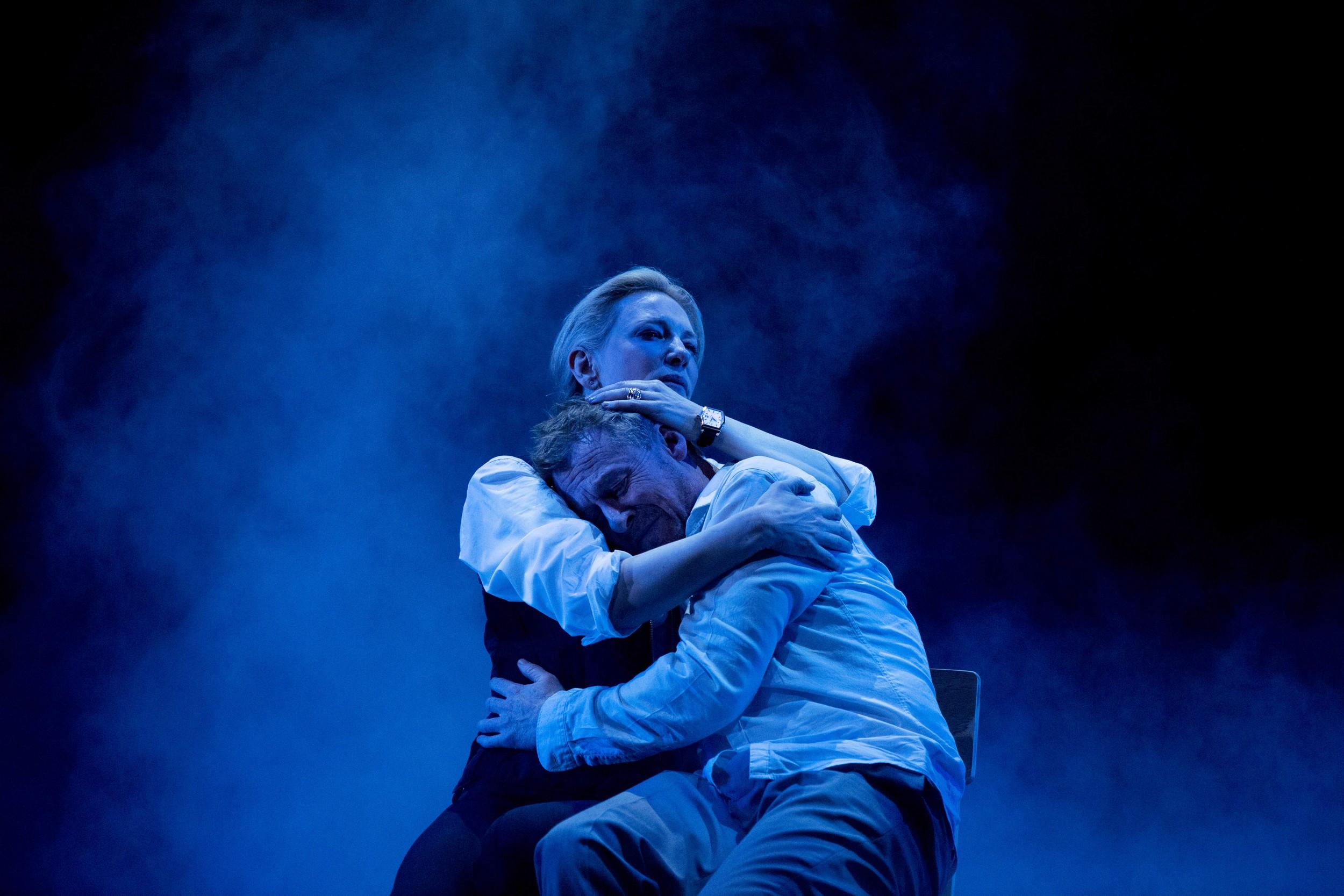 Постановка пьесы «Подарок», Сидней, 2015 / реж. Джон Краули