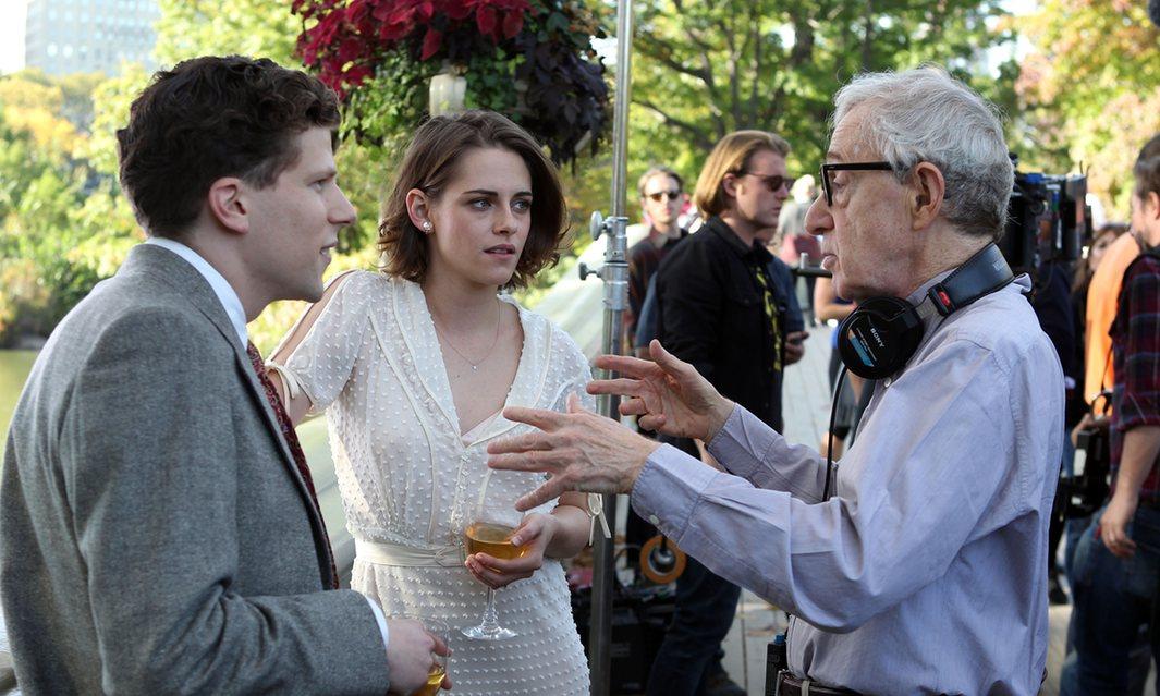 Вуди Аллен на съемках фильма «Café Society» (2016)