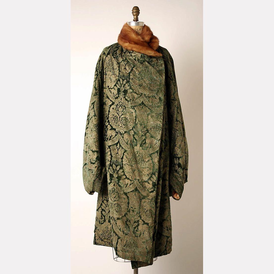 Вечернее пальто (шелк, мех), начало 1920-х, Мариано Фортуни