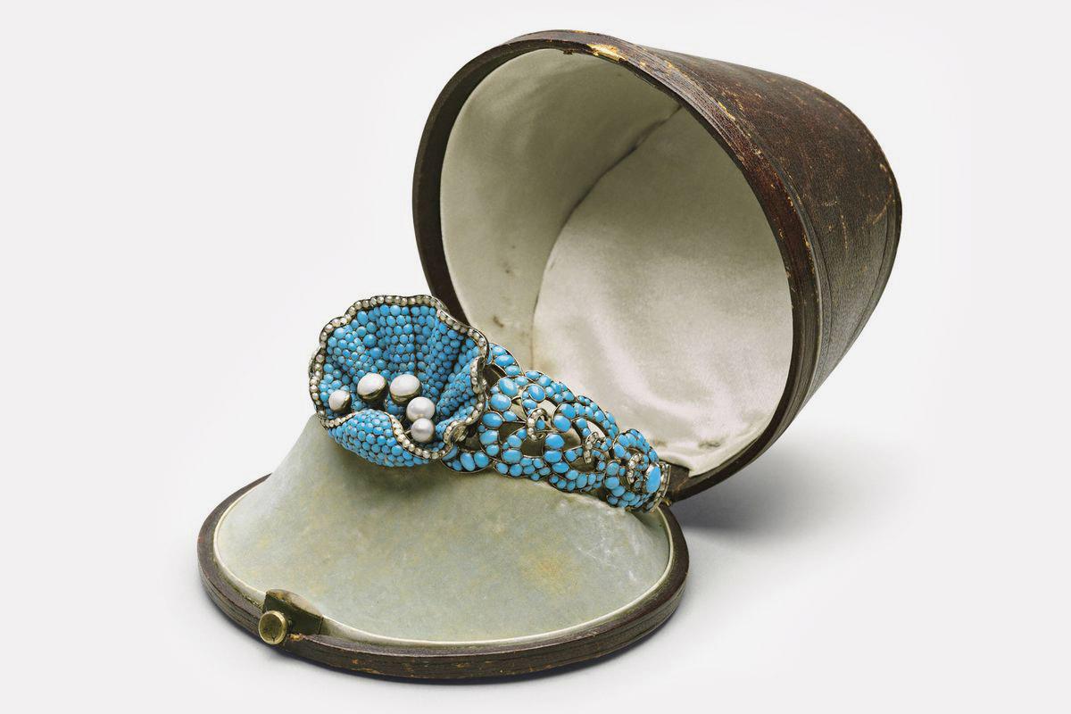 Серебряный браслет из бирюзы и жемчуга. Густав Фаберже, ок. 1850