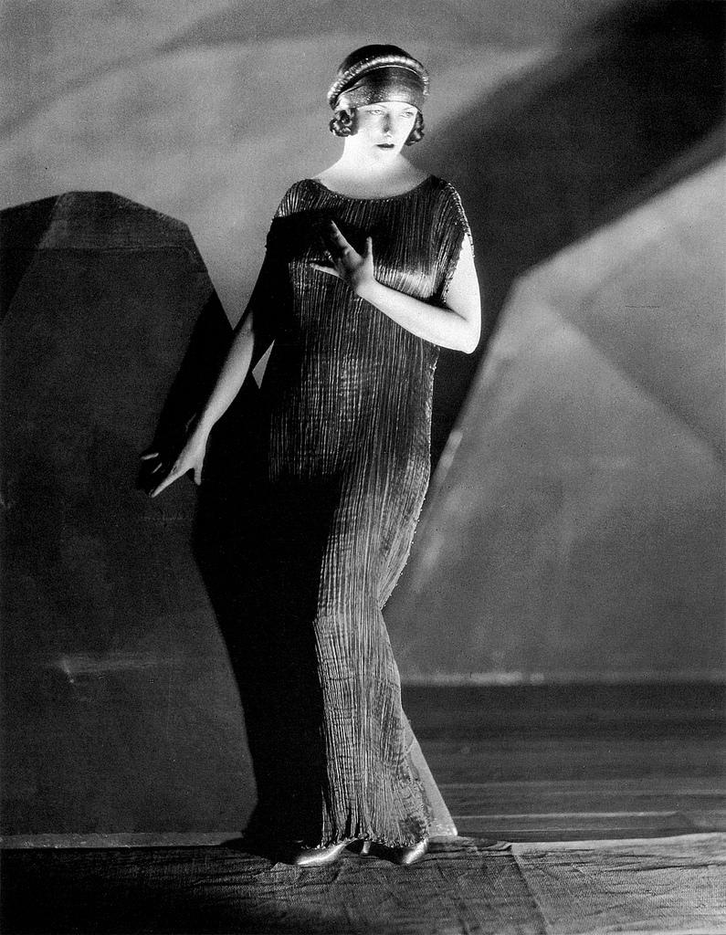 Наташа Рамбова, художник по костюмам старого Голливуда, 1924, Мариано Фортуни