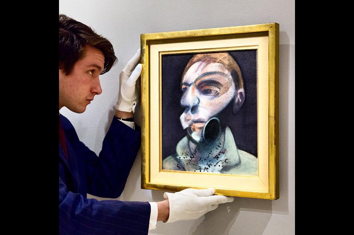 Впервые в истории Sotheby′s демонстрирует в Нью-Йорке один из обнаруженных автопортретом Фрэнсиса Бэкона. Событие июля 2015 / фото @sothebys, официальная страница аукционного дома в instagram