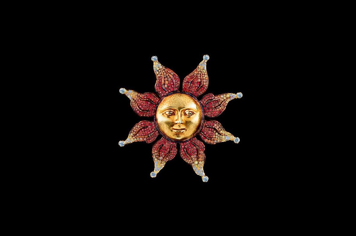 Кулон / желтое золото, бриллианты, желтые, золотые и красные сапфиры / коллекция Fairy Tales, Jewellery Theatre