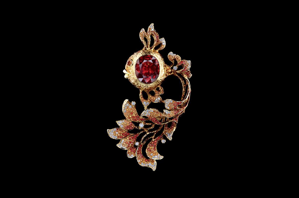 Брошь / желтое золото, сапфиры, бриллианты, оранжевые сапфиры / коллекция Fairy Tales, Jewellery Theatre