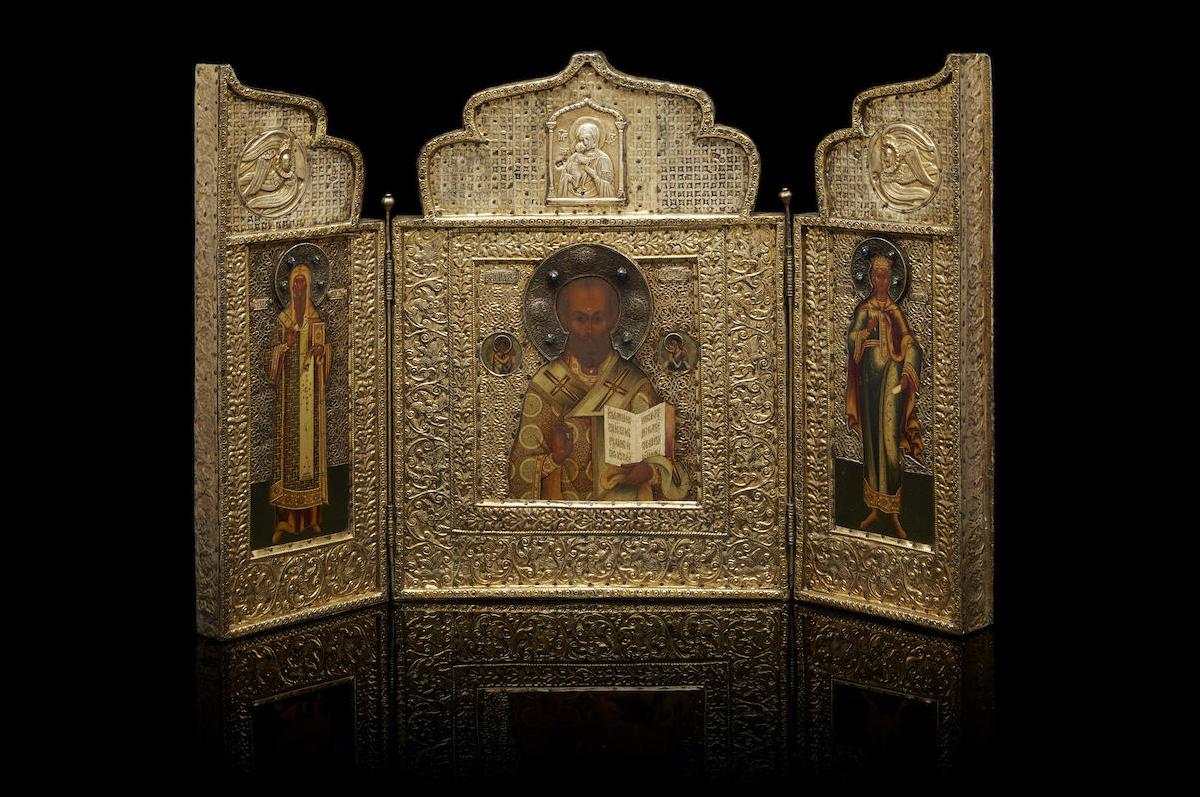 Триптих с образом Святого Николая Чудотворца, Святителя Алексия, митрополита Московского и Святой царицы Александры